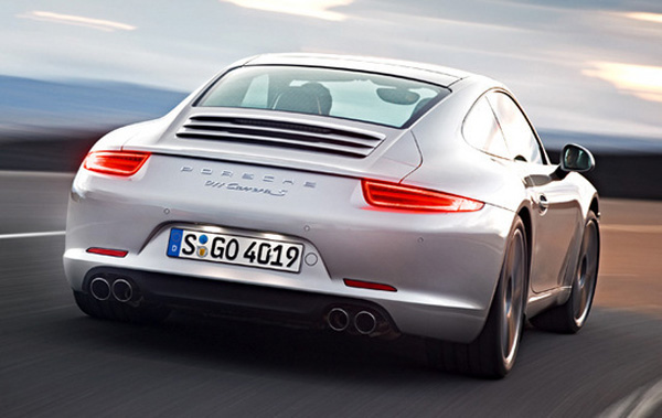 New Porsche 911 Carrera