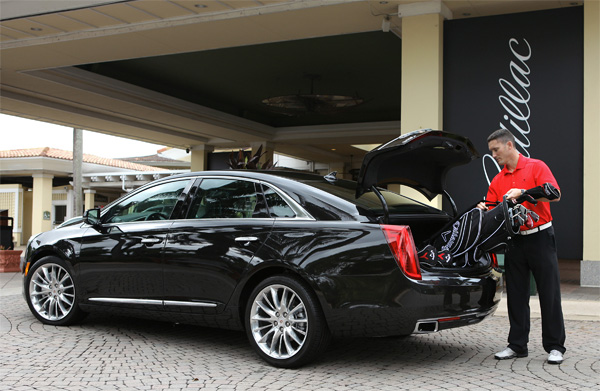 Cadillac XTS Golf Clubs