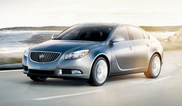 2013 Buick Regal luxury sport sedan