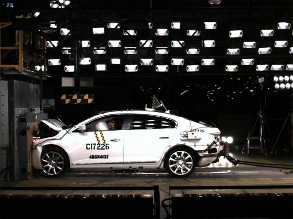2014 Buick LaCrosse get the Highest Safety Rating