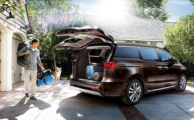 5 best minivan for the money in 2017 cars flow. Black Bedroom Furniture Sets. Home Design Ideas