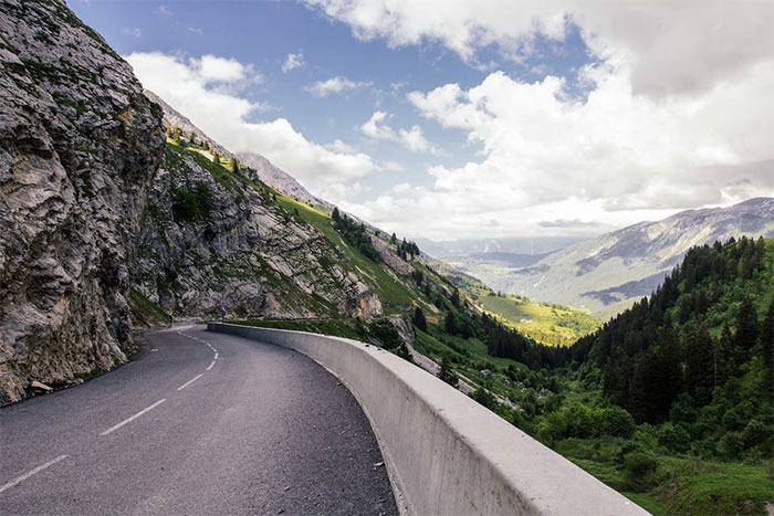 Roads In Europe That Will Get The Most Smiles Per Gallon Out Of Your Car