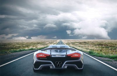 Hennessey F5 Venom overshoots 300 mph benchmark
