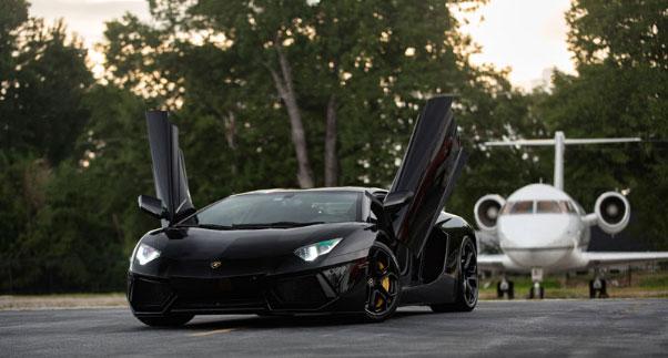 The Craze for Super-Luxury SUVs
