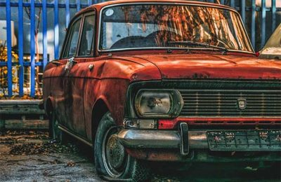 buying a salvage car auction