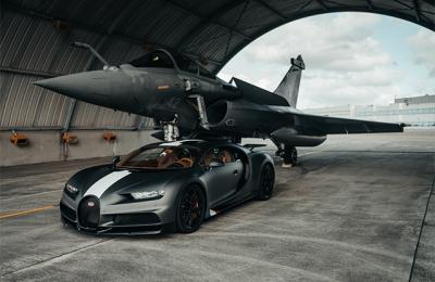 bugatti chiron sport vs fighter jet race